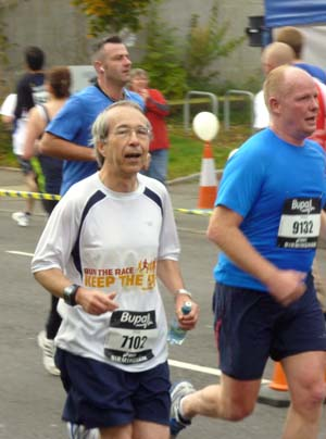 Phil running along Pershore Road in Selly Park