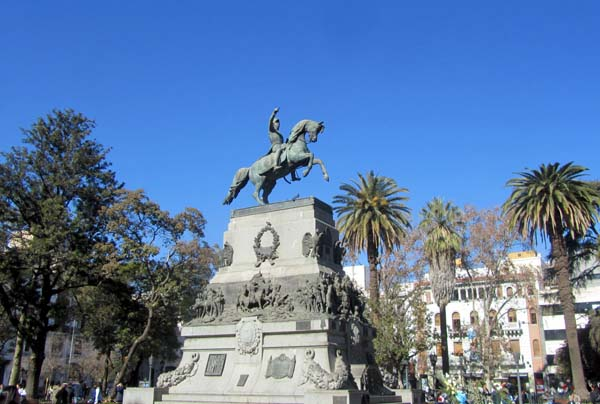 The imposing statue in the centre of Plaza San Martín, Córdoba, Argentina