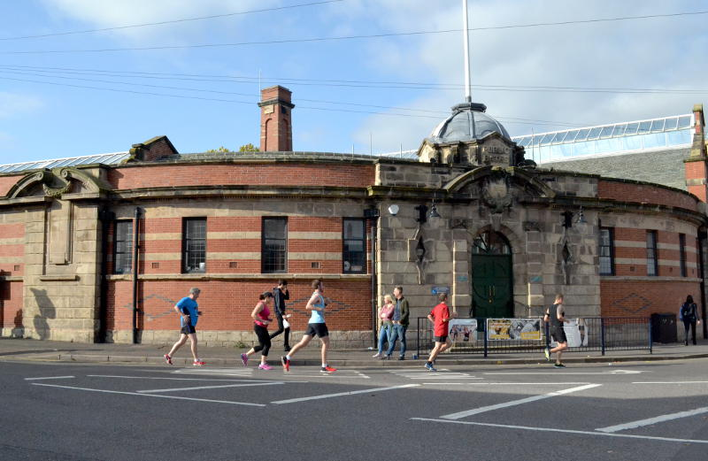 The runners pass Stirchley Baths
