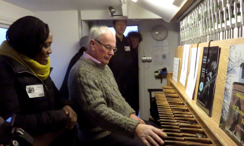 The keyboard of the Bournville Carillon