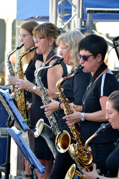 Four saxophone players