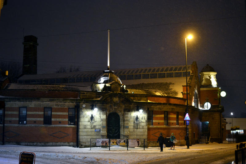 A snowy night at Stirchley Baths