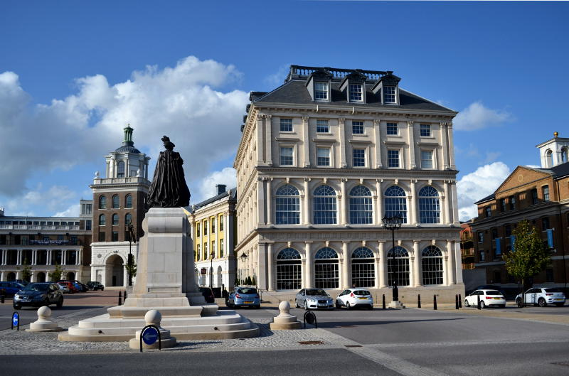 Grand buildings around Queen Mother Square, Poundbury